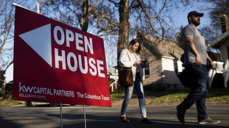 Lower mortgage rates are causing an epic housing shortage