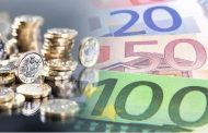 Pound to euro exchange rate: Sterling 'holds steady' - should you buy travel money?