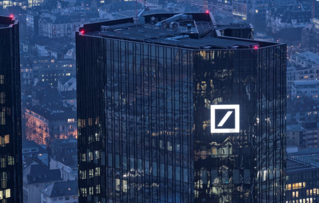 Deutsche Bank says bitcoin's gone from 'trendy to tacky.' Here's what it expects to happen next